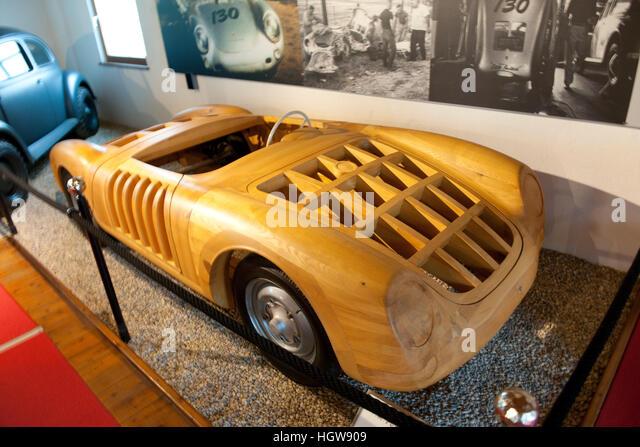 porsche spyder 550 wooden model size 11 james dean porsche automuseum