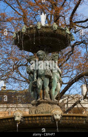 Fontaine des saisons stock photos fontaine des saisons for Jardin 4 saisons albi