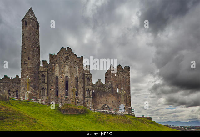 The ruins of the Rock of Cashel, Cashel, County Tipperary, Munster, Republic of Ireland, Europe - Stock Image