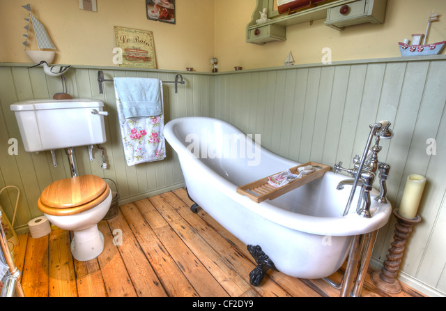 Low level bath stock photos low level bath stock images for Boat ornaments for bathroom