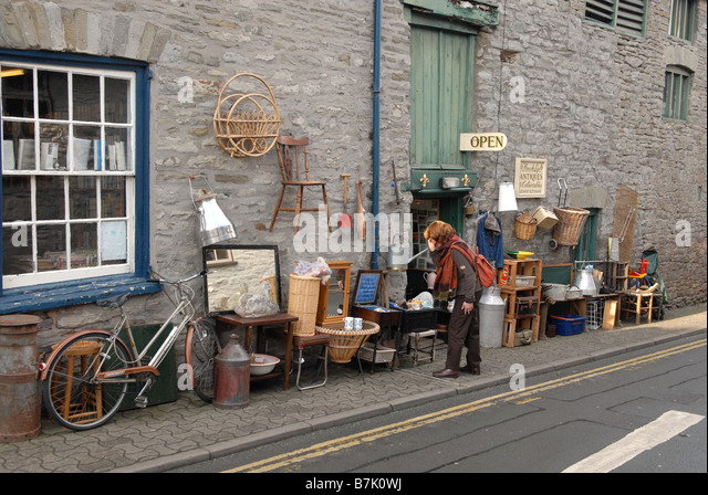 Hay on wye antique shops