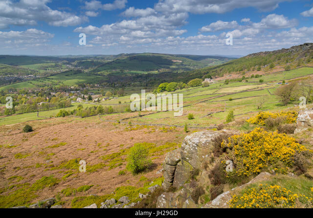 View from Baslow Edge towards Curbar Edge and Calver Village, Derbyshire Dales, Derbyshire, England, United Kingdom, - Stock Image
