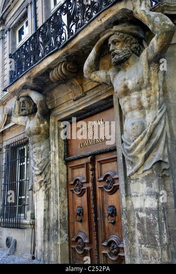 Aix en provence cours mirabeau avenue stock photos aix - Tribunal de commerce salon de provence ...