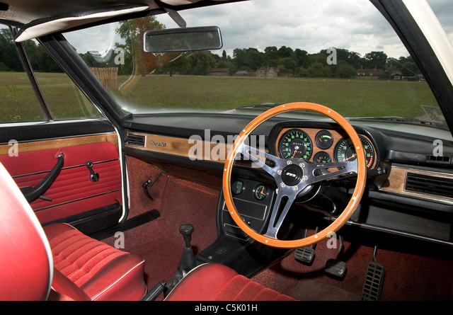 Audi 100 Coup?息 S Stock Photos & Audi 100 Coup?息 S Stock Images - Alamy