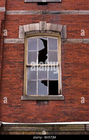 Crumbling Building Stock Photos Crumbling Building Stock Images Alamy