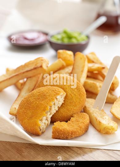 Vinegar chips stock photos vinegar chips stock images for Fish and chips vinegar
