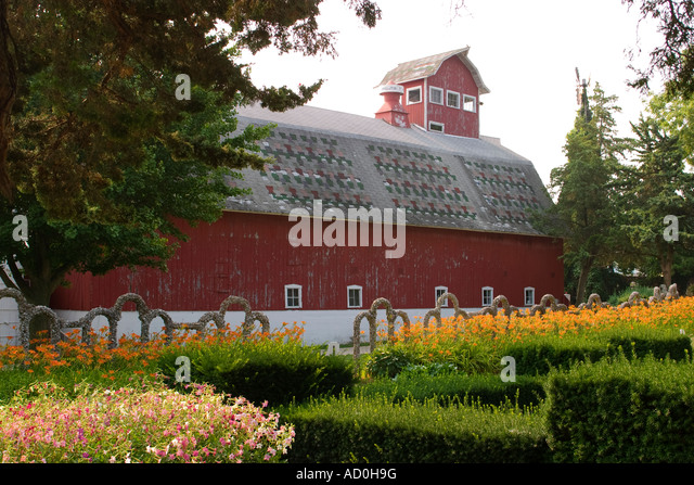 ILLINOIS Arcola Beds Of Flowers And Stone Structures At Rockome Gardens  Large Red Barn   Stock