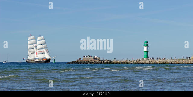hanse sail rostock stock photos hanse sail rostock stock images alamy. Black Bedroom Furniture Sets. Home Design Ideas