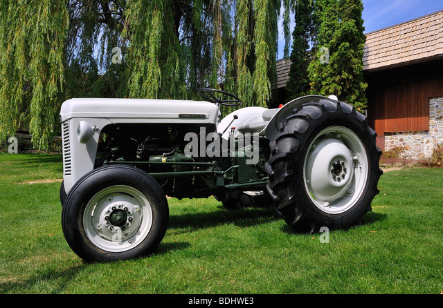 Side Picture Of Tractor : Antique tractor side view stock photos