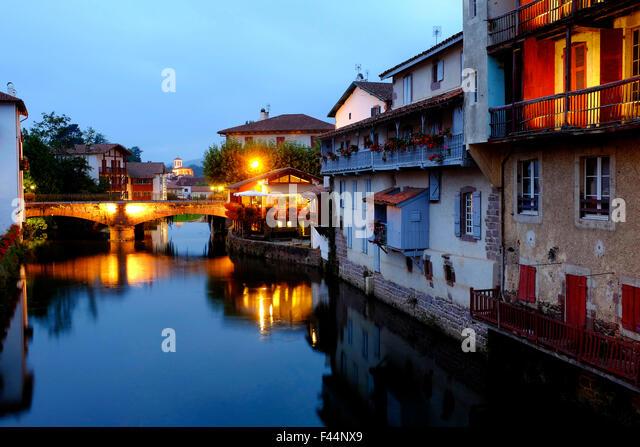 St jean pied de port stock photos st jean pied de port stock images alamy - Hotels in saint jean pied de port france ...