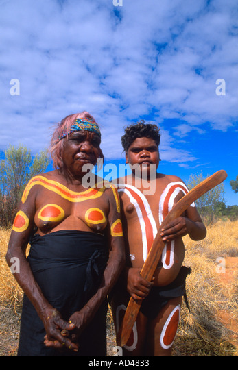 18 >> Australia Outback Aboriginal Stock Photos & Australia Outback Aboriginal Stock Images - Alamy