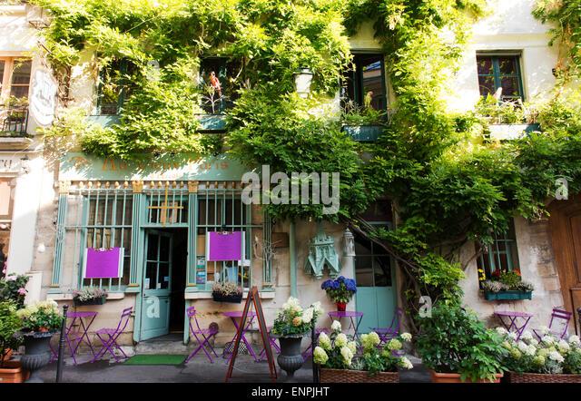 Assez Au Vieux Paris D'arcole Stock Photos & Au Vieux Paris D'arcole  TM93