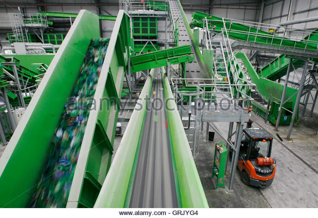 Conveyor Belts Transport Plastic Through The Closed Loop Recycling Grjyg