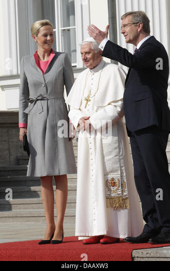 pope a f b christian personals If you are a christian pope francis said monday a christian who does not protect creation 'does not care about the work of god.