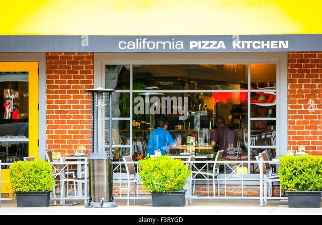 California Pizza Kitchen Green Hills Hours