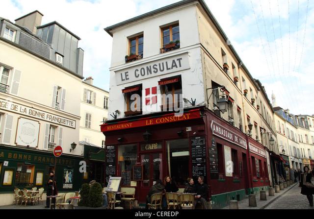 Consulat stock photos consulat stock images alamy for Restaurant le miroir montmartre