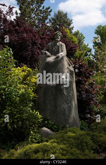 Ambassadeurs stock photos ambassadeurs stock images alamy for Le jardin d alphonse