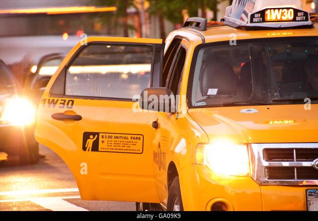 Yellow cab door open Broadway New York City New York USA & Yellow Taxi Cab Doors Stock Photos \u0026 Yellow Taxi Cab Doors Stock ... Pezcame.Com