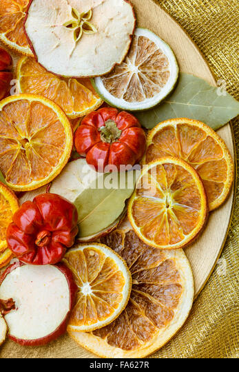 Dried slices of orange stock photos dried slices of for Fruit orange decoration