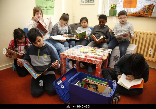 teaching literacy in the primary school language and literacy all elements of literacy are inter-related this essay will examine the reading process and how the teaching of speaking, listening, writing and reading all influence pupils' development in many ways.