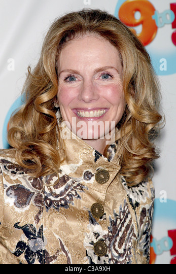 Julie Hagerty Stock Photos & Julie Hagerty Stock Images ...