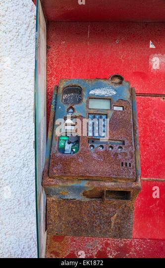 public telephone broken stockfotos und public telephone broken, Hause ideen