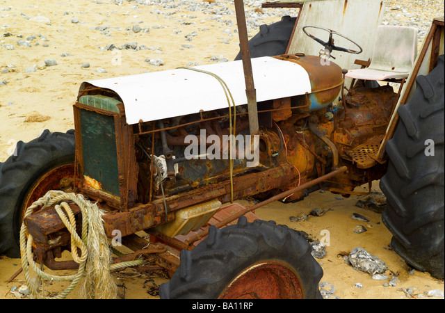 Junk tractor stock photos junk tractor stock images alamy for Scrap tractor tires