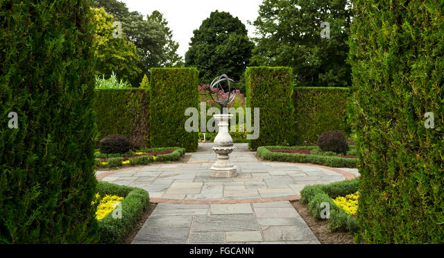 Armillary Sphere Statue Stock Photos Armillary Sphere Statue Stock Images Alamy