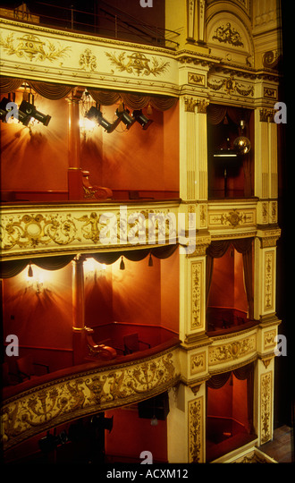 Theatre Boxes Stock Photos Amp Theatre Boxes Stock Images Alamy
