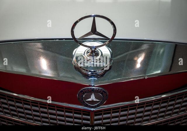 Mercedes benz car ornament stock photos mercedes benz for Mercedes benz hood ornament