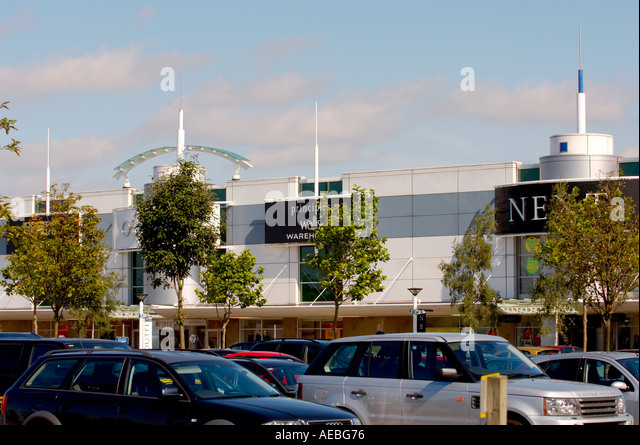 Out Town Retail Park England Stock Photos Amp Out Town