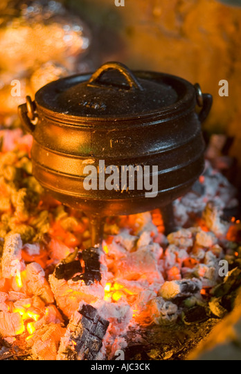 Potjie Pot Stock Photos Potjie Pot Stock Images Alamy