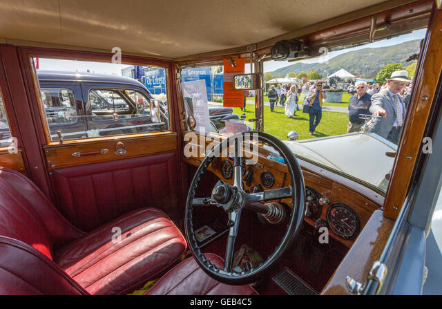 Wood Interior Car interior vintage british classic car stock photos & interior