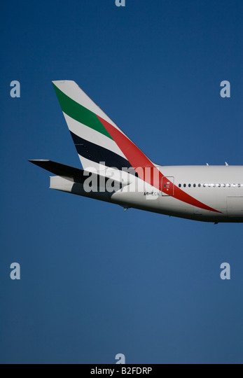 emirates tail logo - photo #29