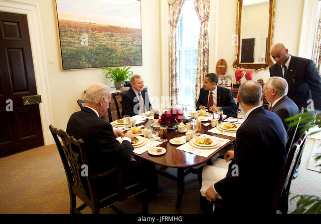 senate dining room. President Barack Obama and Congressional Members  Senator Richard Durbin Rep Steny Hoyer eat Private Dining Room Stock Photos
