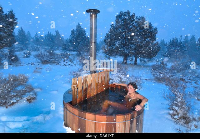 hot tub snow stock photos hot tub snow stock images alamy. Black Bedroom Furniture Sets. Home Design Ideas