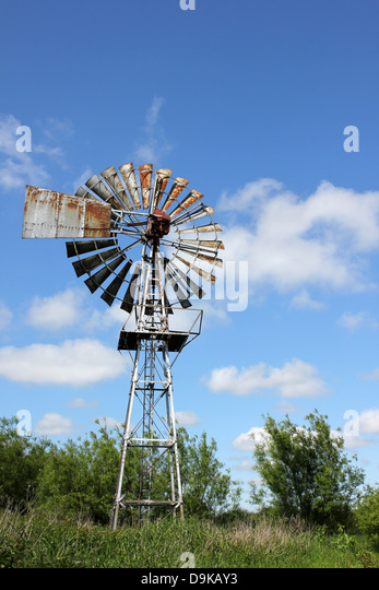 Wind Pump Water Well Stock Photos Amp Wind Pump Water Well