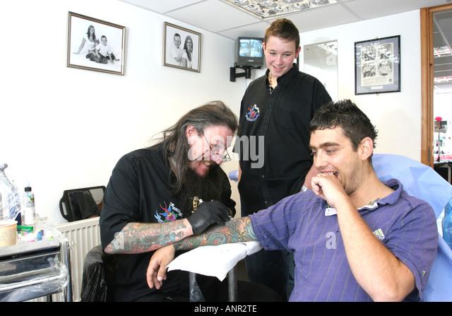 Gorleston on sea stock photos gorleston on sea stock for Tattoo artist education courses