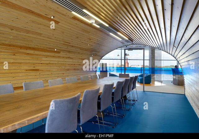 Wood Panelled Room Stock Photos amp Wood Panelled Room Stock  : wood panelled conference room with arched ceiling and blue floor fabrick eh1pmf from www.alamy.com size 640 x 447 jpeg 97kB