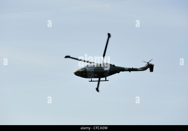 Army Helicopter Flying Stock Photos Amp Army Helicopter Flying Stock Images