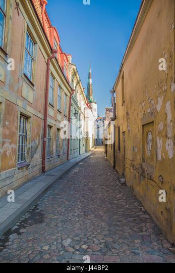 Narrow medieval street in Europe, Tallinn - Stock Image