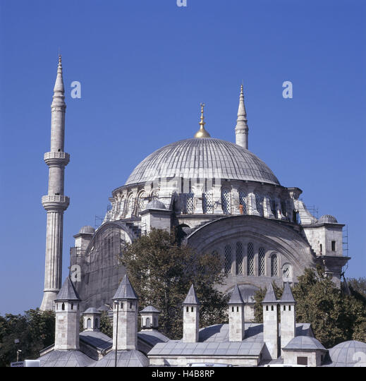 Nuruosmaniye Mosque Stock Photos & Nuruosmaniye Mosque ...