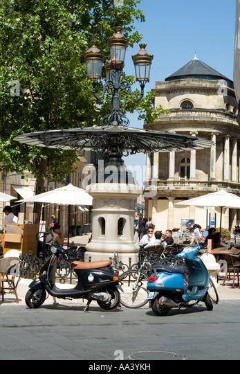 Theatre francais stock photos theatre francais stock for Appartement bordeaux cours de l intendance