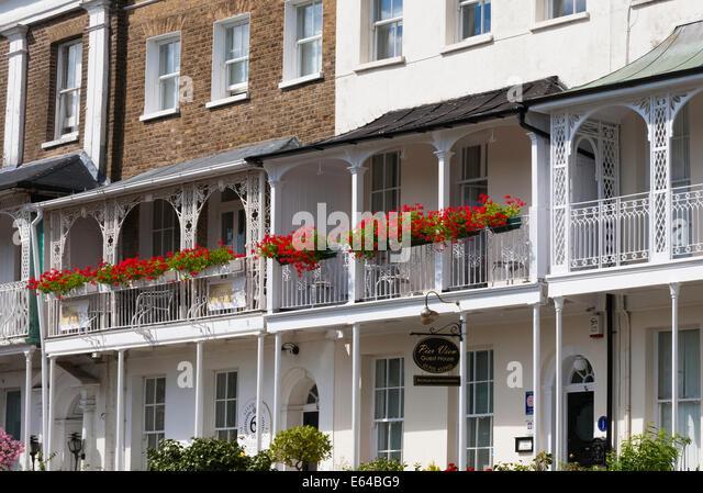 Royal geraniums stock photos royal geraniums stock for 15 royal terrace