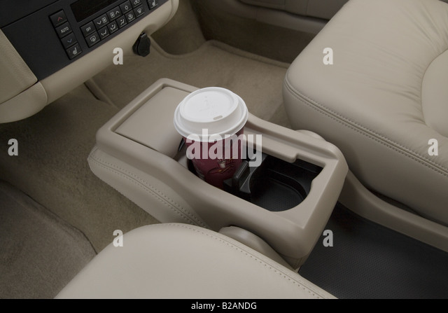 Buick Lacrosse Cxl In White Cup Holder With Prop B Andg on 2007 Buick Lacrosse Cxl White