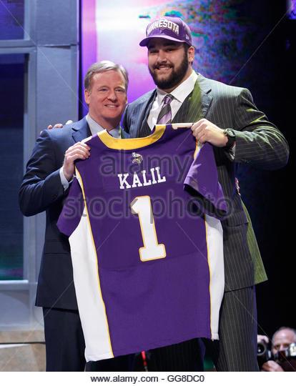 Cheap NFL Jerseys Sale - Kalil Stock Photos & Kalil Stock Images - Alamy