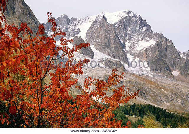 Monte bianco courmayeur valle aosta stock photos monte for Auberge de la maison courmayeur aosta valley italy