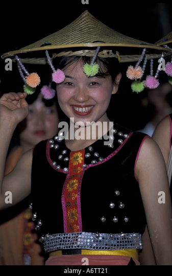 tengchong women Download 205 mountains sketch stock photos for free or amazingly low in tengchong yunnan china woman with open palm hand.