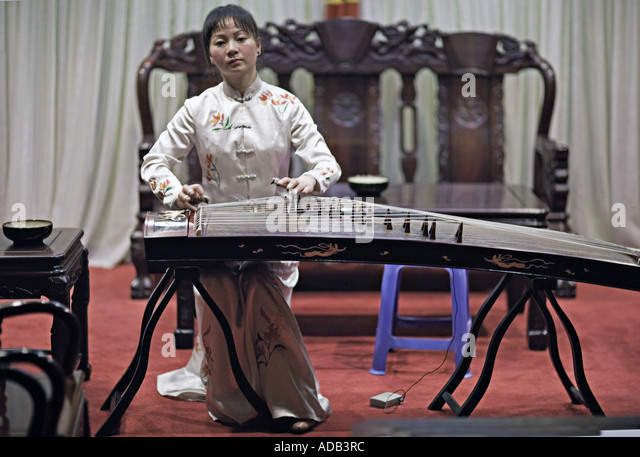 guzheng stock photos amp guzheng stock images alamy