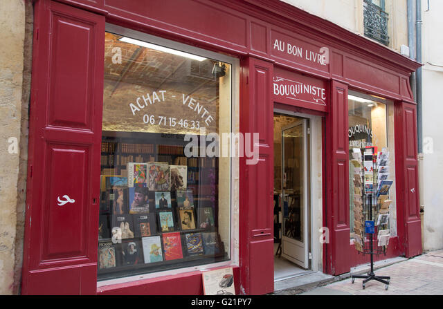au bon livre bookshop nimes france europe stock image with. Black Bedroom Furniture Sets. Home Design Ideas